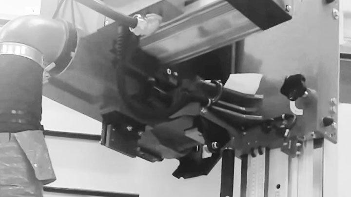 Sezionatrice verticale per pannelli SVP 145