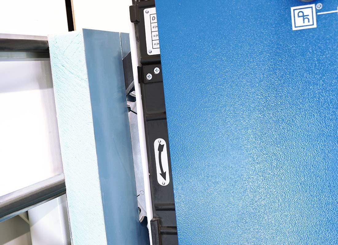 materiali-speciali-lavorazione-pannelli-coibentati